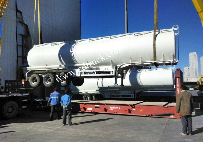 China Tri Axles 40000l Carbon Steel Fuel Crude Oil Diesel