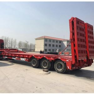 Heavy Duty 3 Axle 60 Ton Lowbed Trailer with Hydraulic Ladder