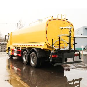 CHINA SINOTRUK HOWO 20000litres 6X4 336hp 10 Wheeler Water Spraying Tank Tanker Truck